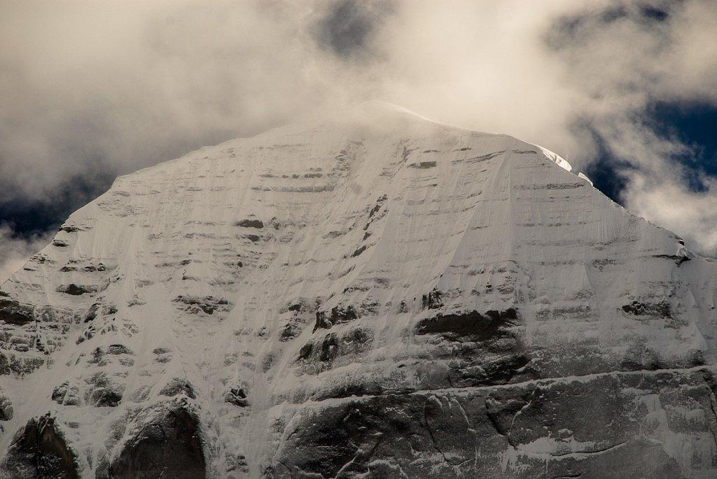 Вершина г. Кайлаш с северной стороны. Июнь 2008г.