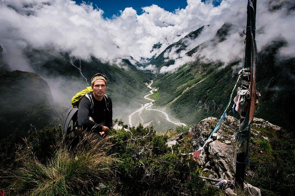 Граница Тибет - Непал. Ритный центр Лапчи, наряду с г.Ккайлаш и Цари входит в 3 самых важных тантрических паломничества в Тибете. Август 2009г.